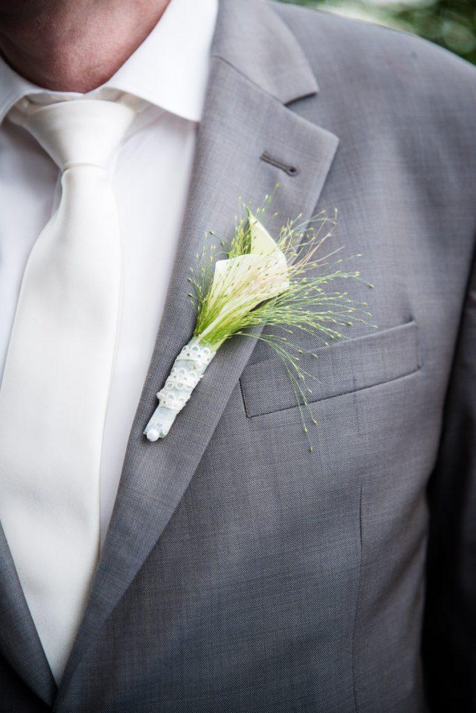 Bräutigam bei Hochzeit